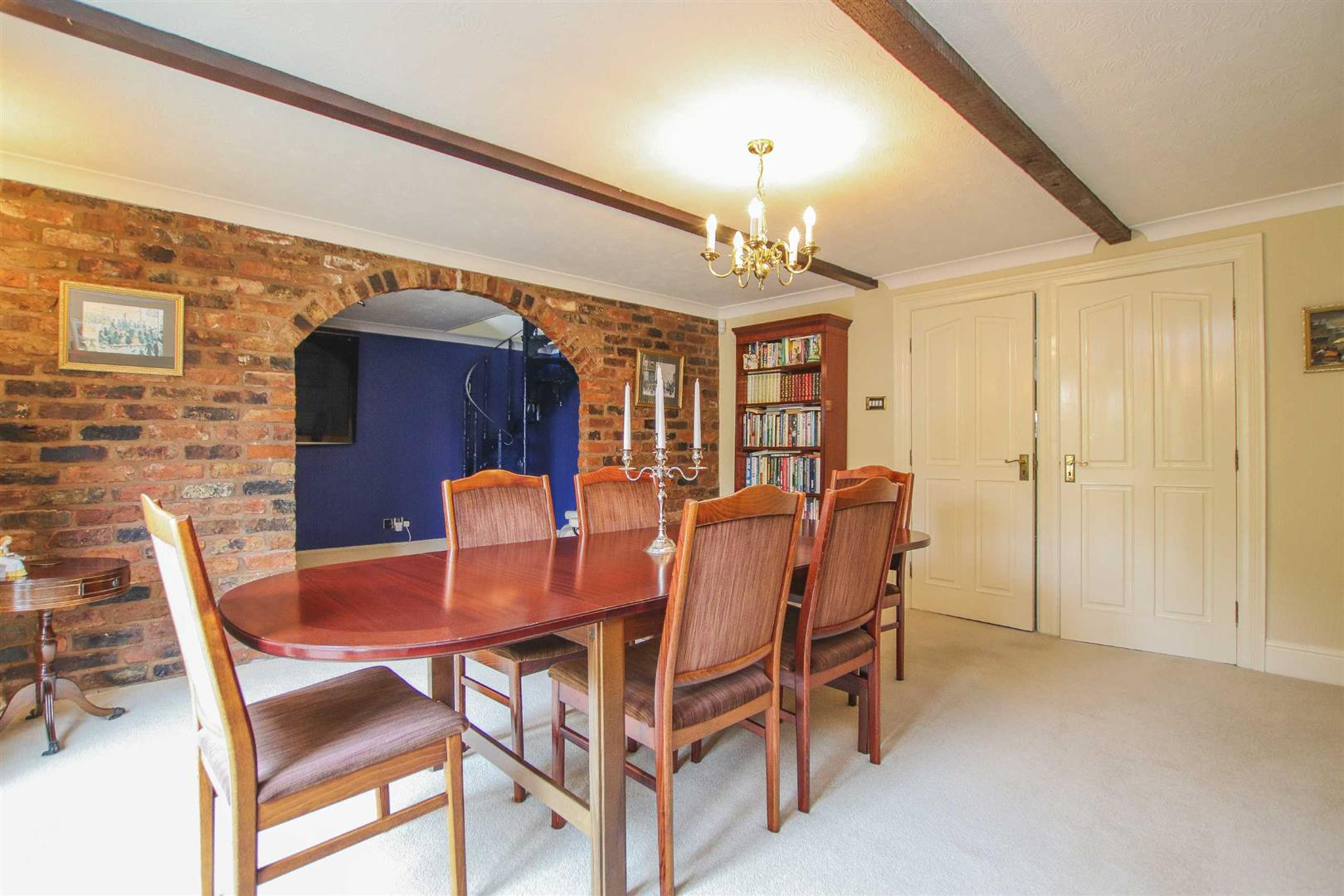 4 Bedroom Barn Conversion For Sale - p033135_47.jpg